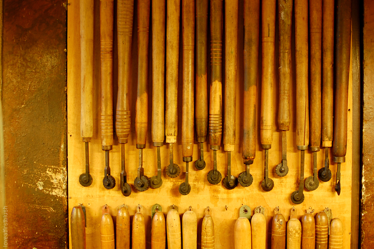 Leather School in Florence engraving tools