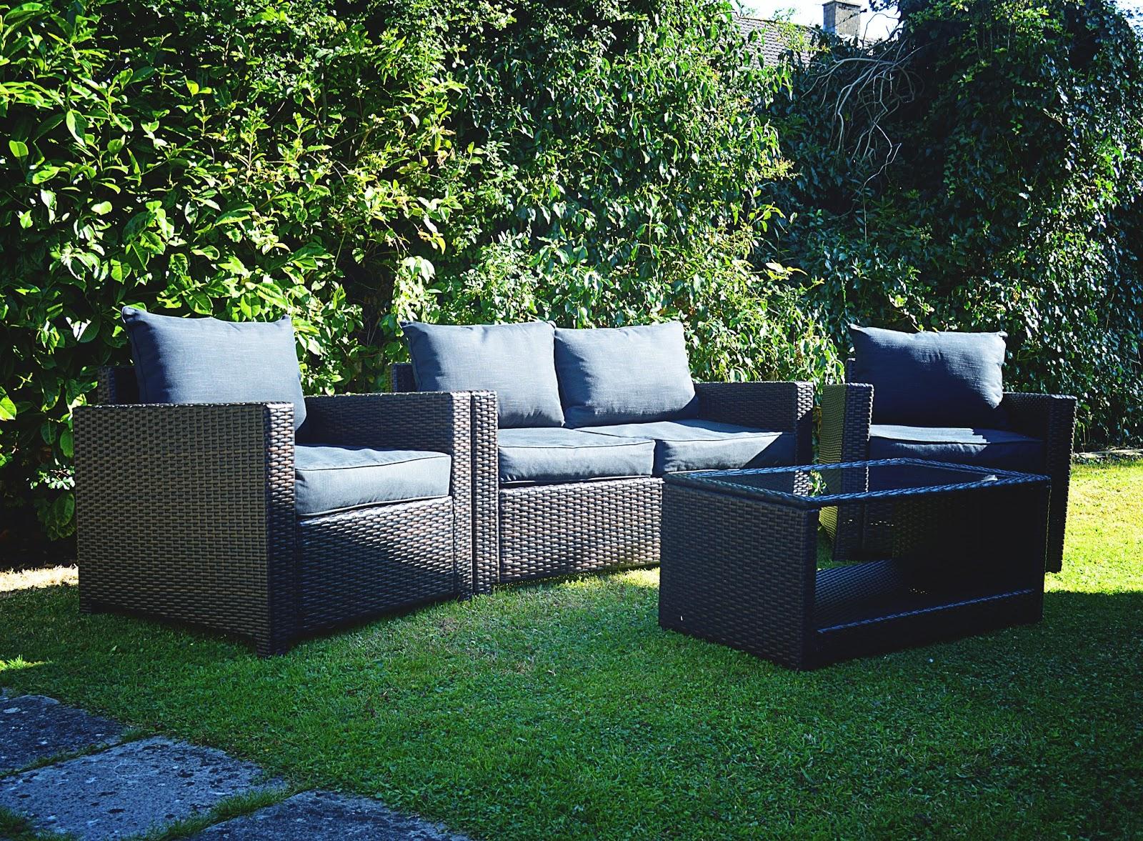 Review jakarta conversation sofa set the lifestyle lens for Sofa jakarta