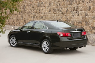 2010 Lexus ES300 Pictures