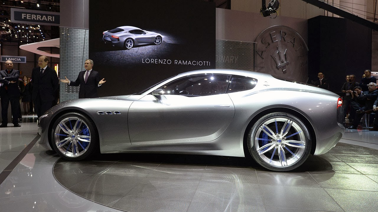 Maserati Alfieri Concept Car show side
