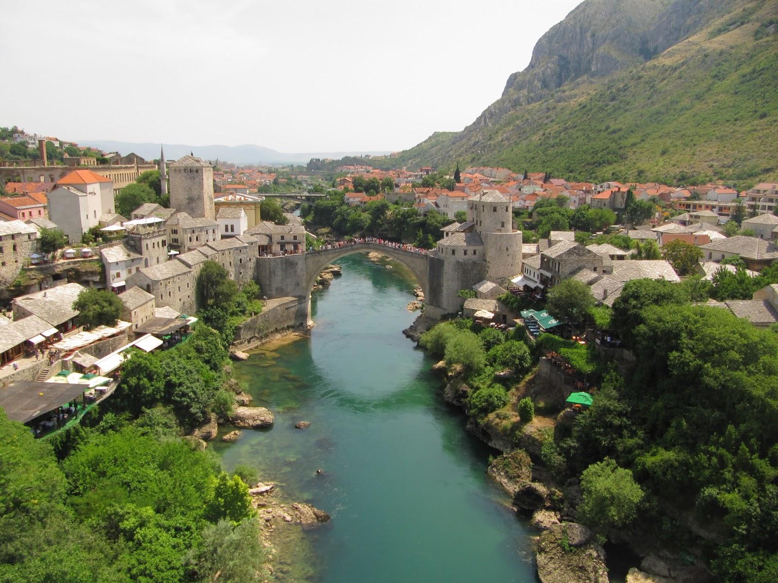 Mostar Bosnia  city photos gallery : desenvolturasedesacatos: Mostar, Bósnia e Herzegovina.