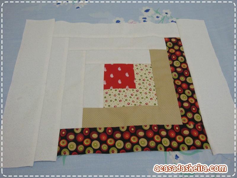 A casa da sheila minha primeira aula de patchwork - Casas de patchwork ...