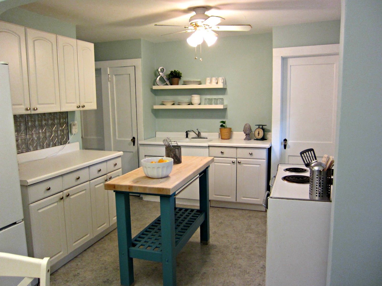 a place 2 call home: kitchen makeover
