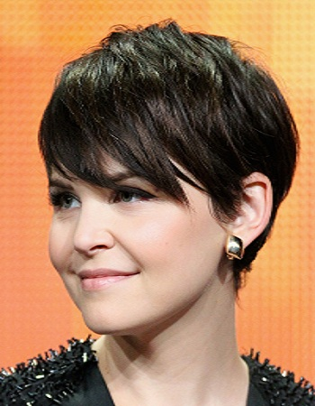 how to style short hair women