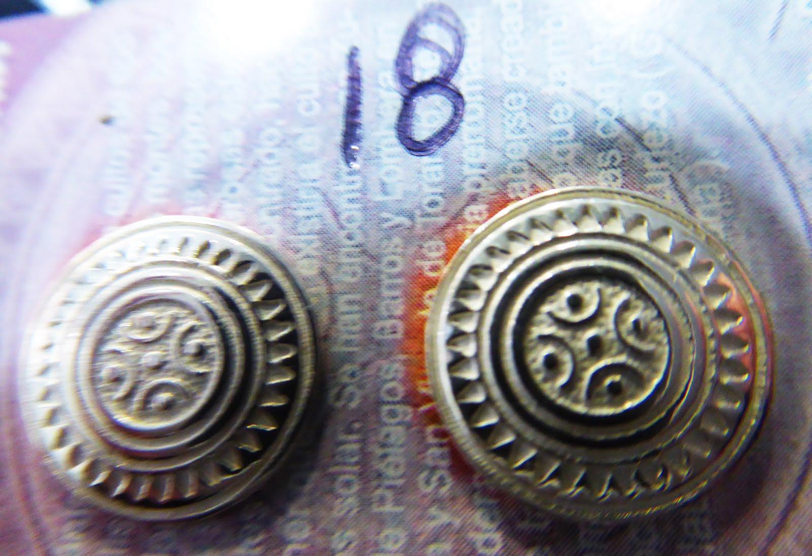 Pendientes de plata con la Estela de Cantabria