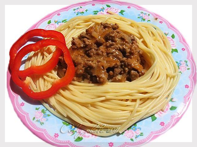 Вкусное мясо с подливкой для макарон