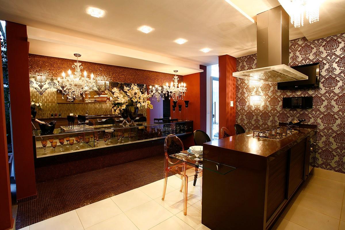 cozinha com bar possui uma decoração sofisticada e ousada! Projeto #BA410B 1200 800