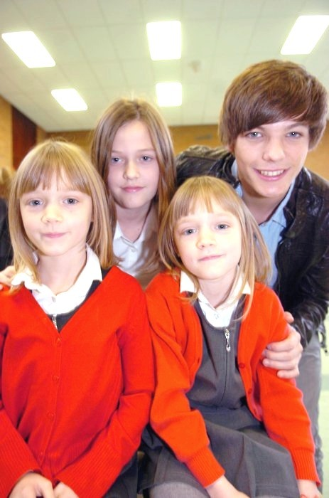 baby blue story 2 one directions families