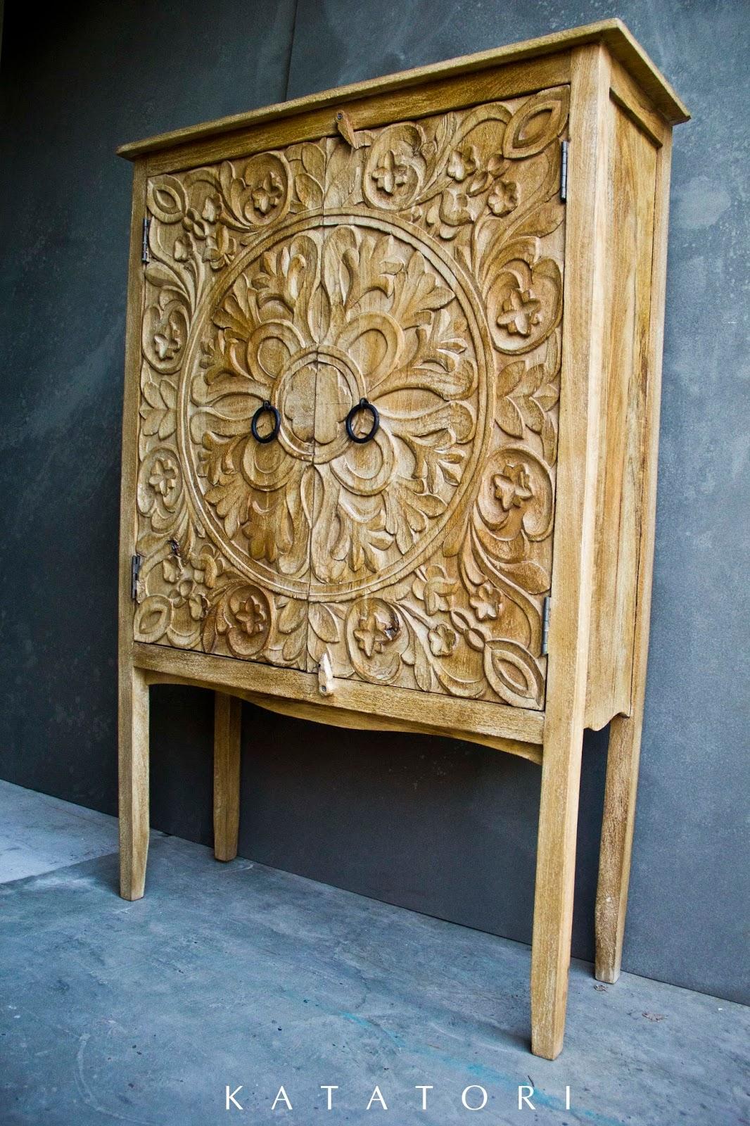 Katatori interiores maderas claras y blancos - Muebles de la india ...