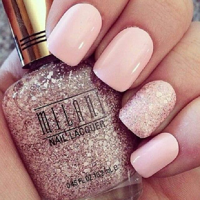 THE BEST NUDE NAIL POLISH SHADE