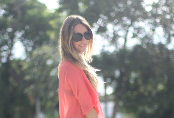 Coral blouse blogger
