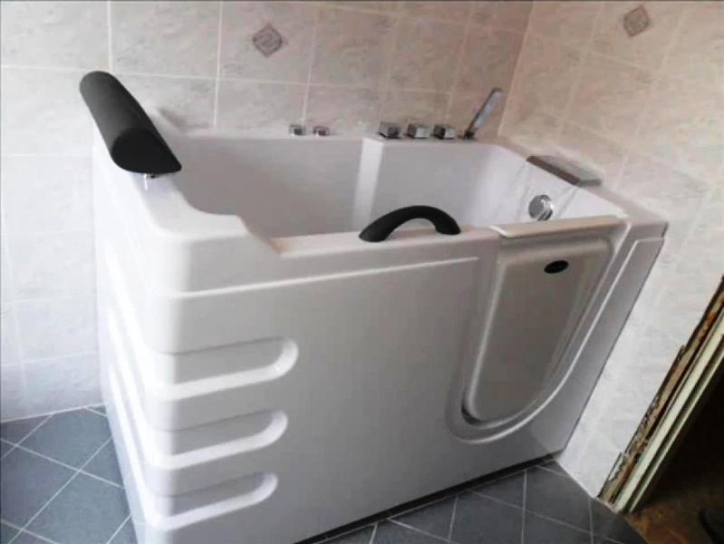 Vasca Da Bagno Occasione : Vasca per disabili modello plutone un occasione unica box