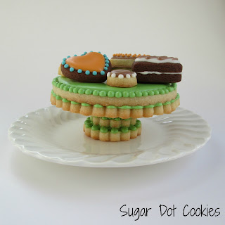 Cake Decorating Classes In Md : We ll also be constructing this 3D cake stand.