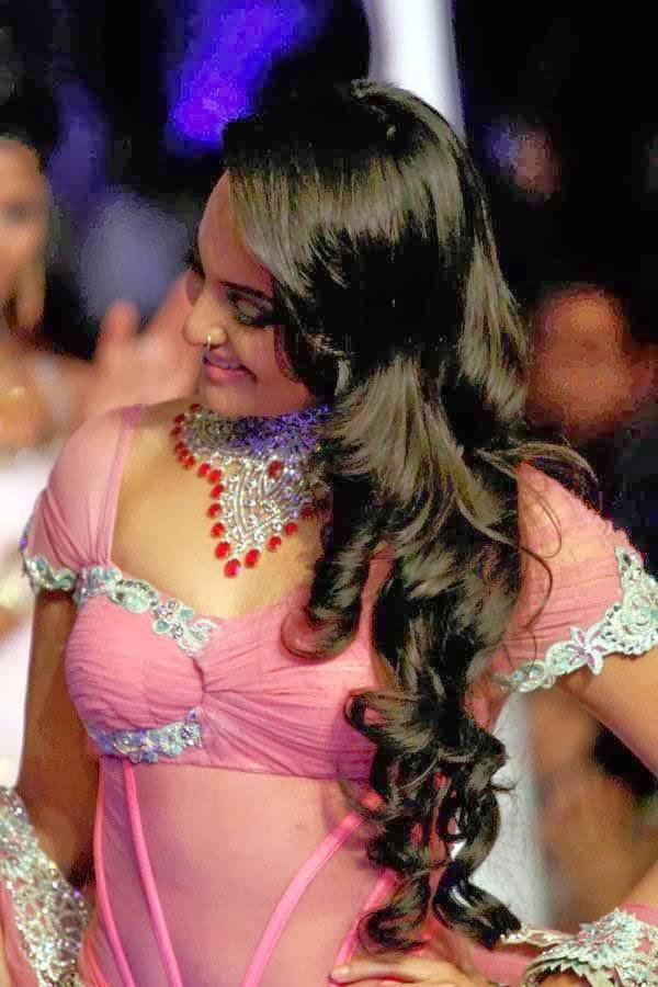 Sonakshi-Sinha-latest-photos-6