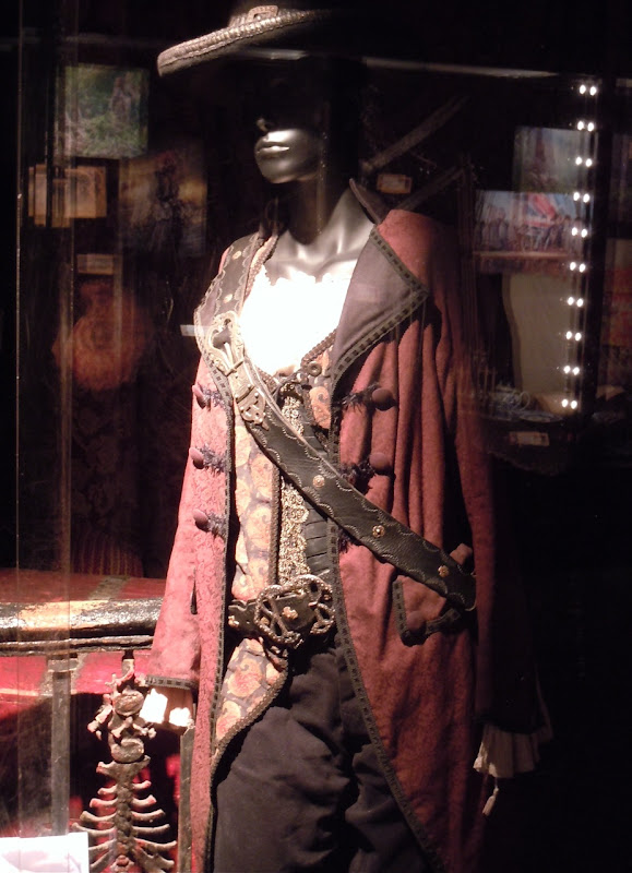 Angelica Penelope Cruz Pirates of the Caribbean costume