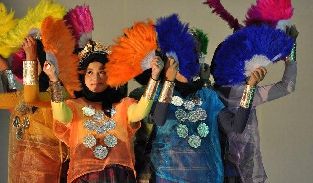 Anging Mamiri, Lagu Pengingat Kampung Halaman