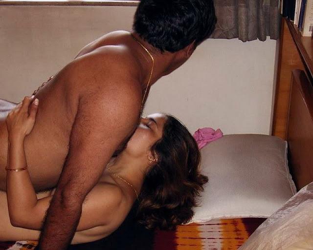 Desi wifes sex collection indianudesi.com