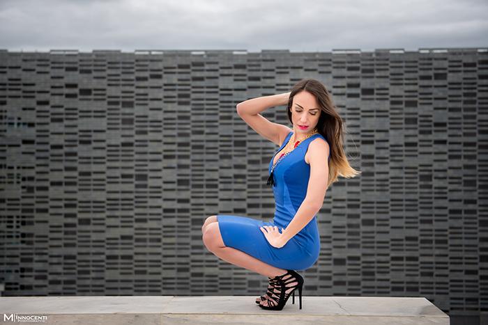abito blu elettrico