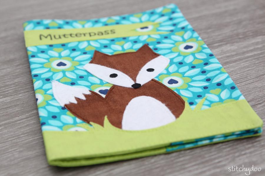 stitchydoo: Mutterpasshülle mit Fuchsapplikation