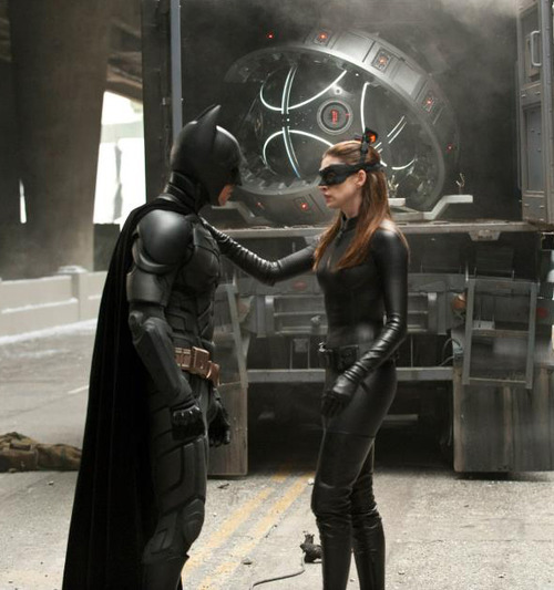 The Bat Channel!: Pictures: Anne Hathaway As Catwoman In