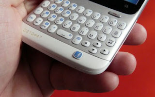 HTC Myst, Ponsel Facebook Buatan HTC