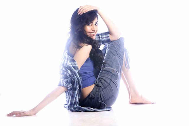 Adah+Sharma+Latest+Spicy+Photoshoot+Gallery+%284%29