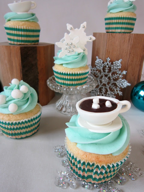Easy Easy Winter Wonderland Cupcakes  Sweet Little Nerds