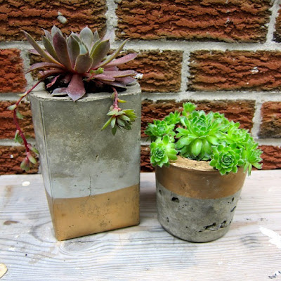 diy cool concrete planters do it yourself ideas and projects. Black Bedroom Furniture Sets. Home Design Ideas