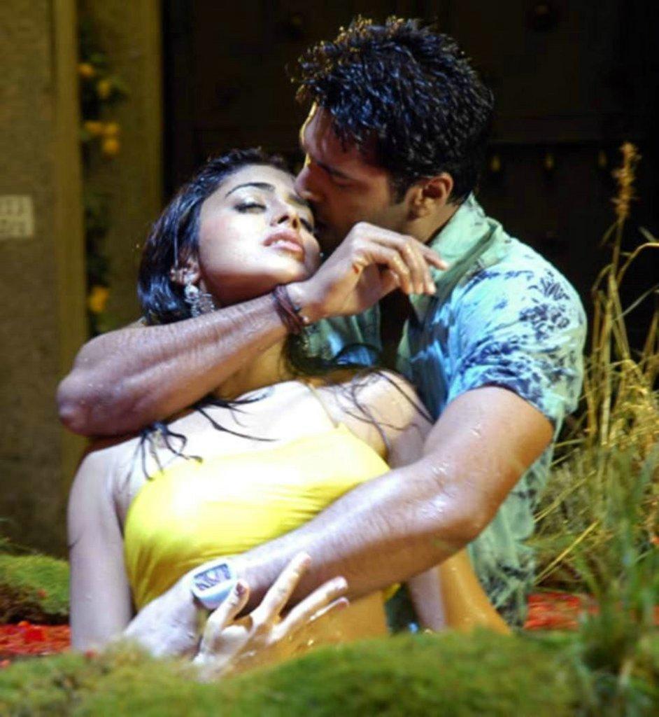 boob india touch actress