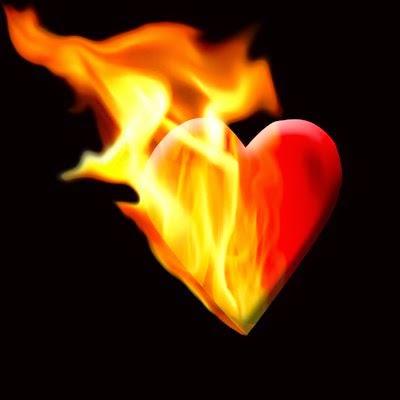 ♫ Sinto queimar dentro em mim, a chama do eterno amor
