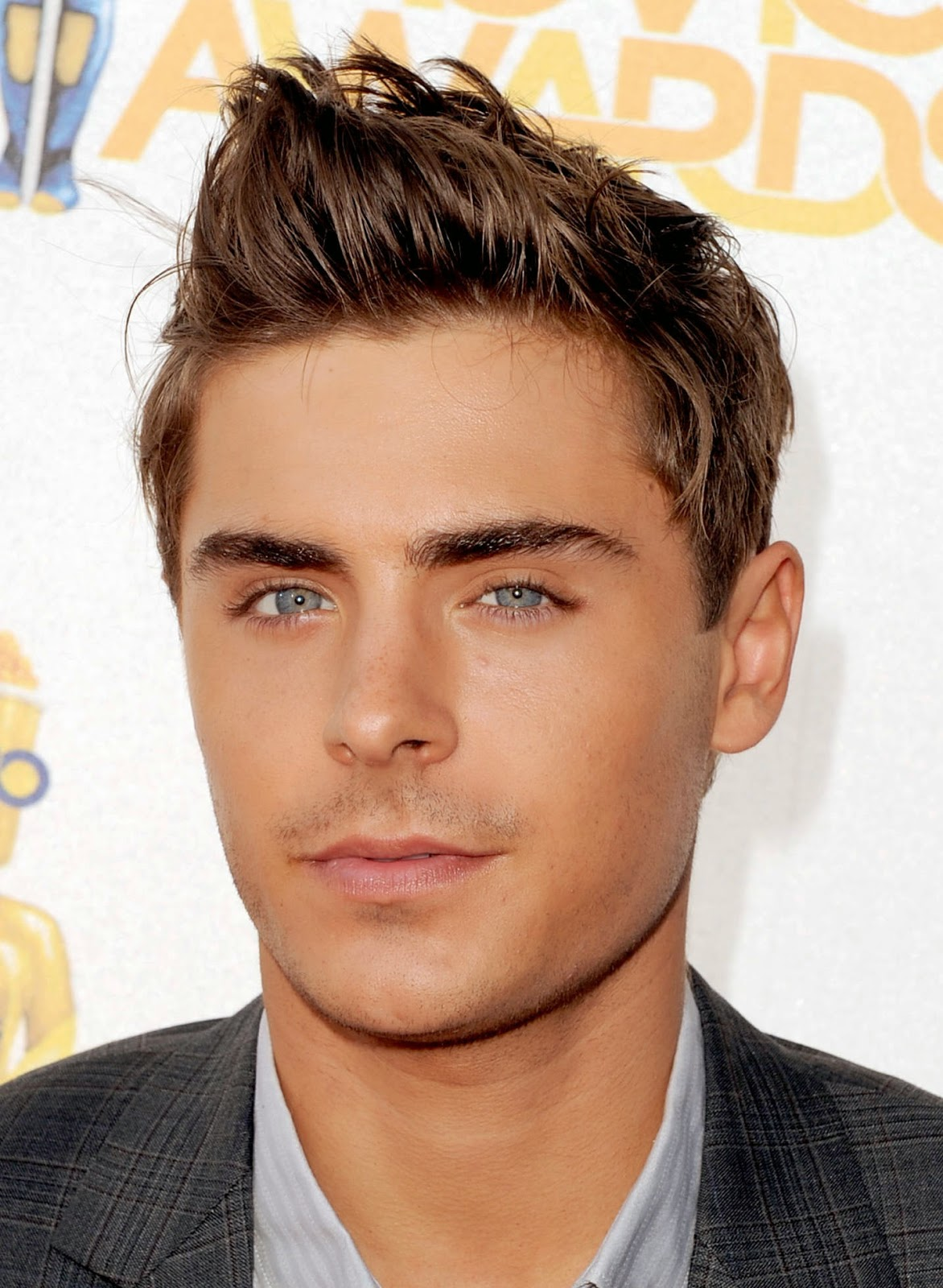 Zac Efron Hairstyles and Haircuts