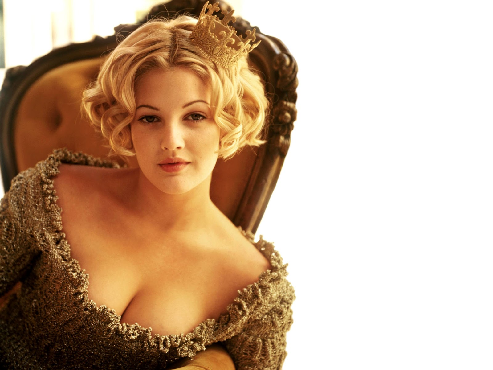 Drew Barrymore Sexy Beauty