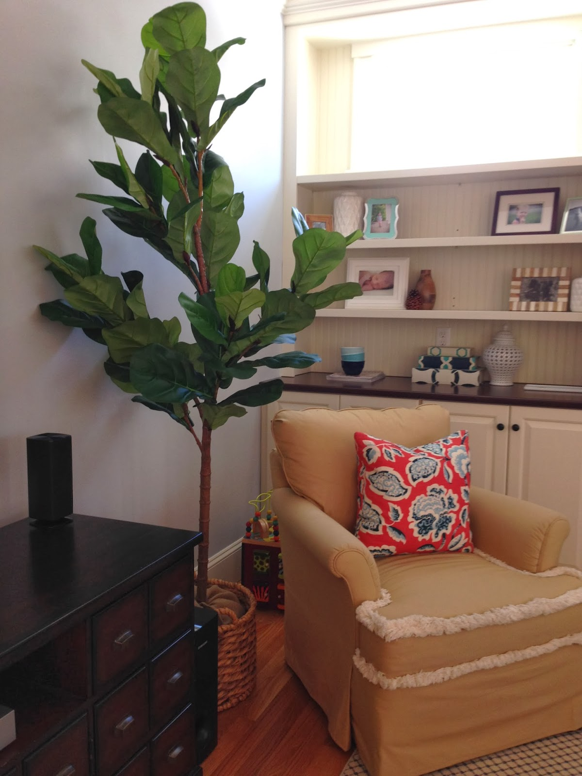 dried out plants but then i walked into pottery barn last weekend to return a lampshade and came face to face with a 6u0027 tall faux fiddle leaf fig