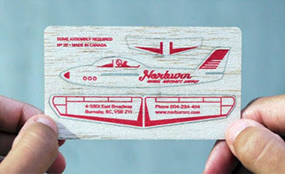 modelo de tarjeta de presentacion en forma de avion