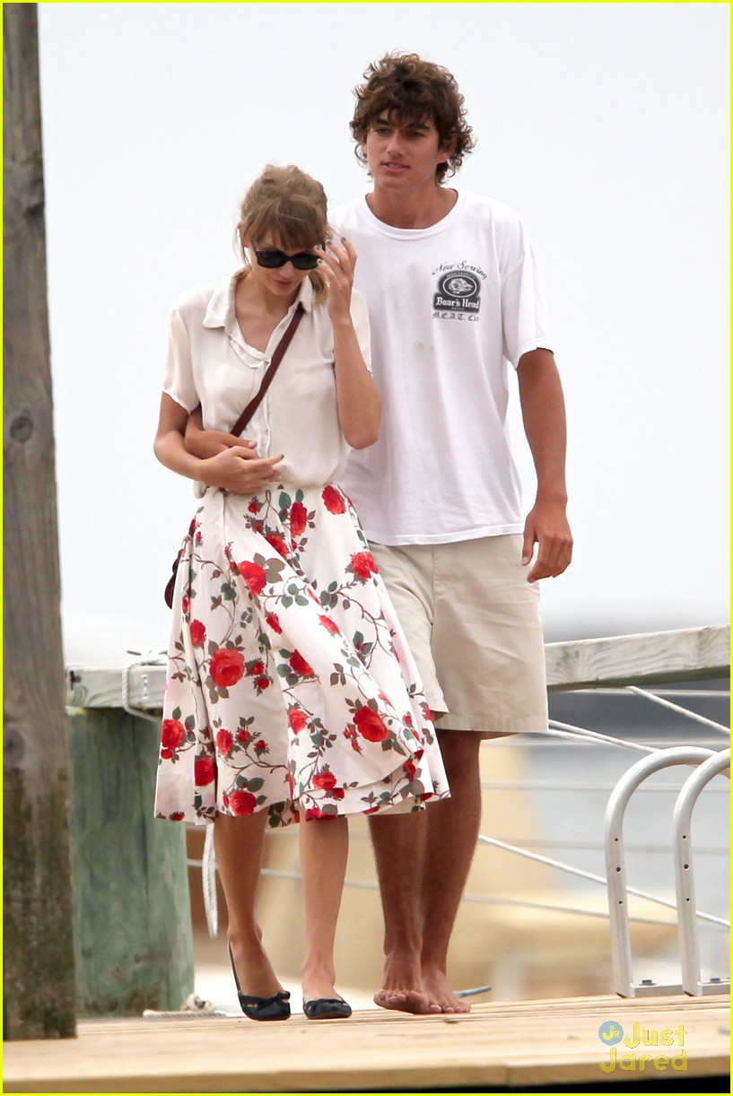 swift dating kennedy