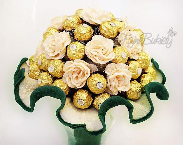 bukiet z cukierków czekoladek ferrero rocher