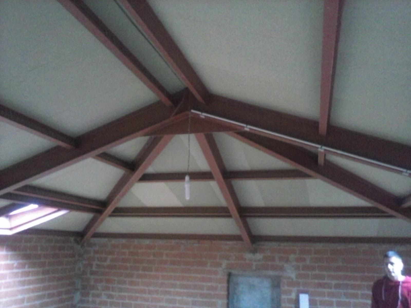 Mallando fierro estructuras de tejados - Tragaluces para tejados ...