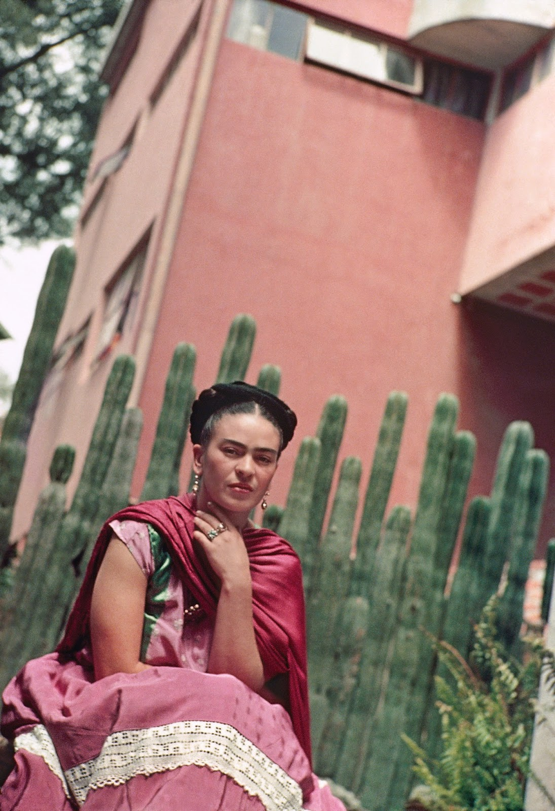"""frida kahlo s the love embrace of the universe essays Home essays frida kahlo - love embrace frida kahlo - love embrace """"the love embrace of the universe"""", has frida kahlo holding a baby frida kahlo essay."""