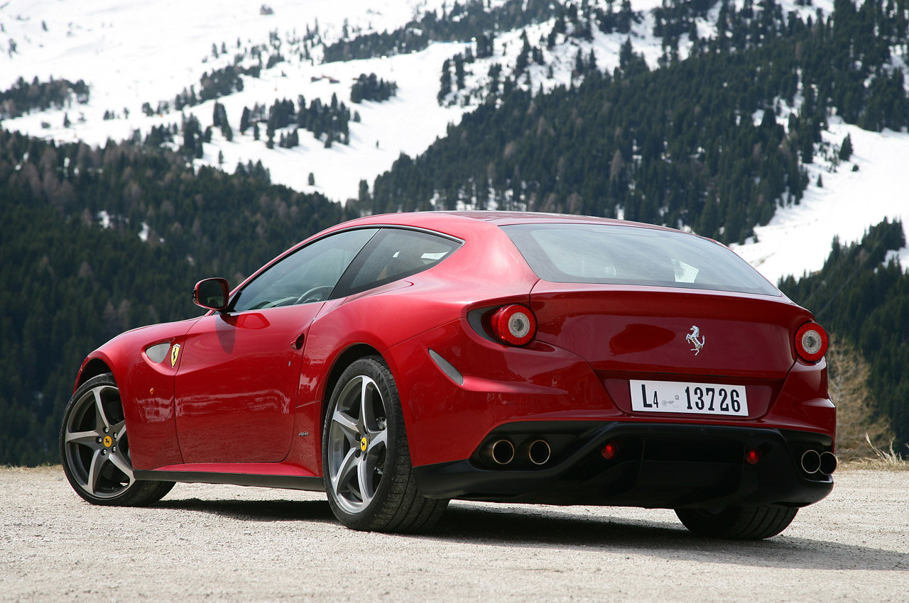 2013 FERRARI FF HD WALLPAPER