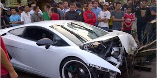 Lamborghini Bodong Bikers Hit