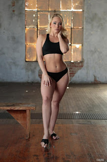 Sexy Adult Pictures - AJ Applegate - 2016-07-15 - Interracial