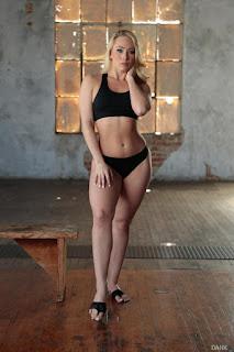 Ordinary Women Nude - sexygirl-83545_004-771889.jpg