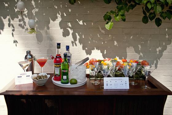 imagen_idea_barra_bebidas_drink_celebracion_fiesta_bar_coctel_martini