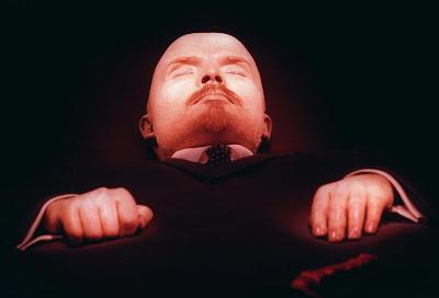 http://1.bp.blogspot.com/-3e7OxCBhrHE/UTtclUKDrVI/AAAAAAAACzs/yKqm9bBzr74/s400/Momia-Lenin.jpg