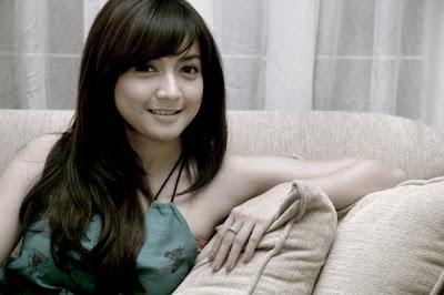 Gambar wanita Tercantik Indonesia wiwid gunawan