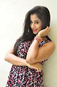 Swathi Dixit Glamorous photo shoot stills-thumbnail-19