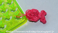 http://lesmercredisdejulie.blogspot.fr/2014/03/petit-poisson-en-elastiques.html