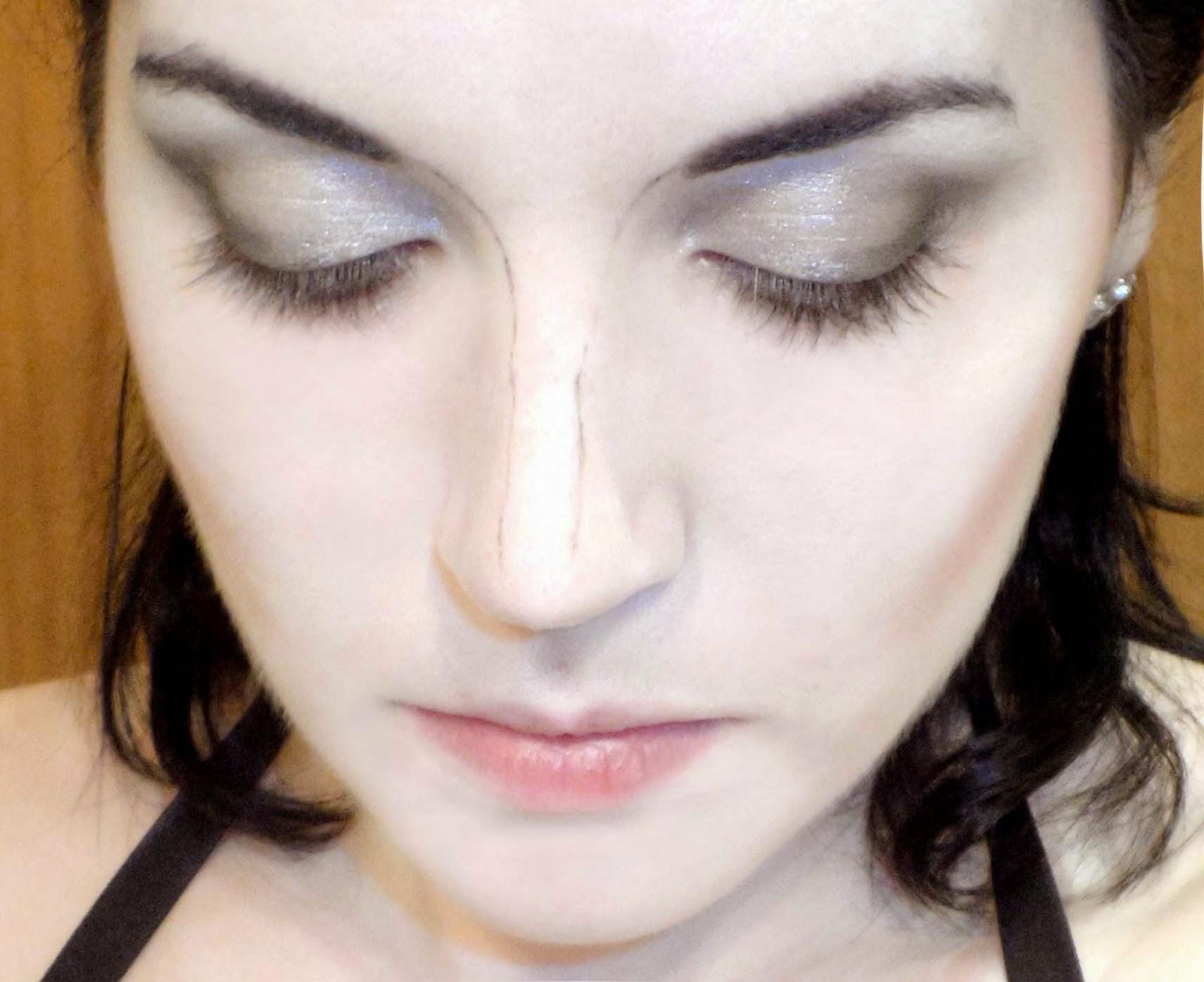 hacer nariz mas estrecha maquillaje
