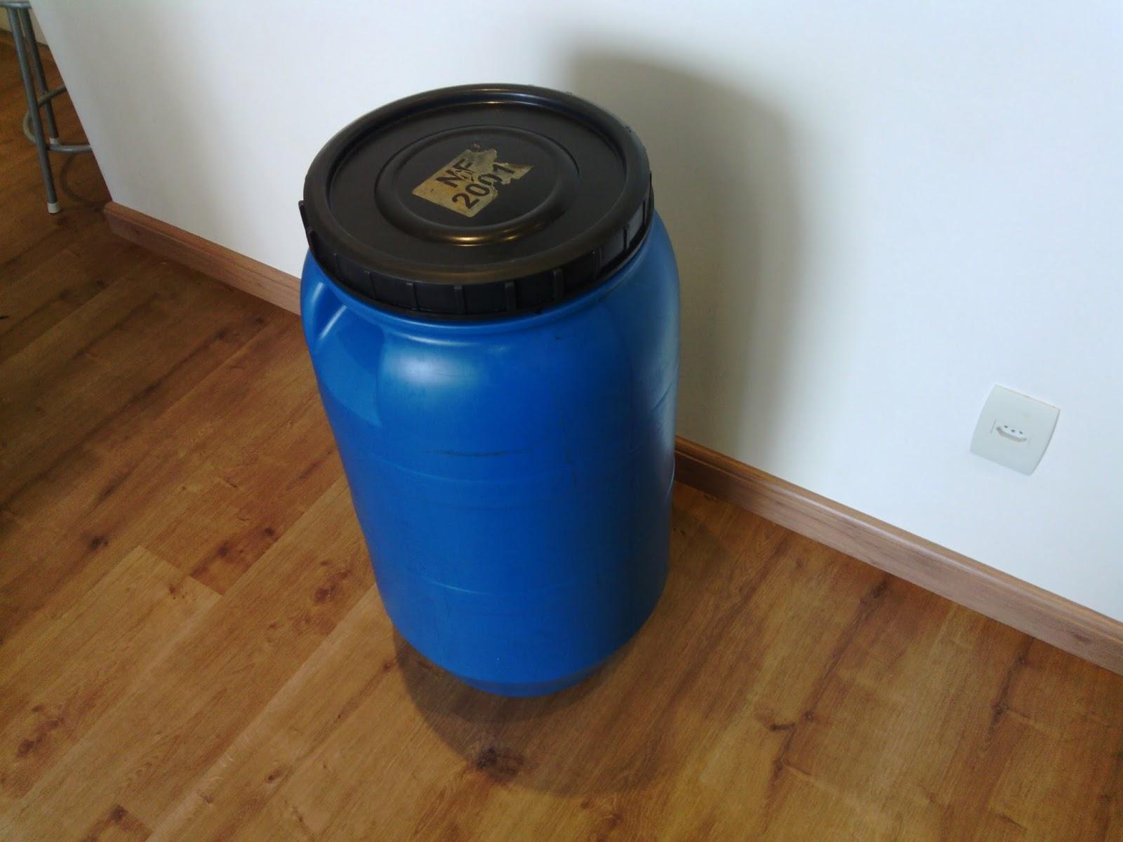 Tambor bombonas tonel barril de pl stico tambor 90 for Tambores para agua