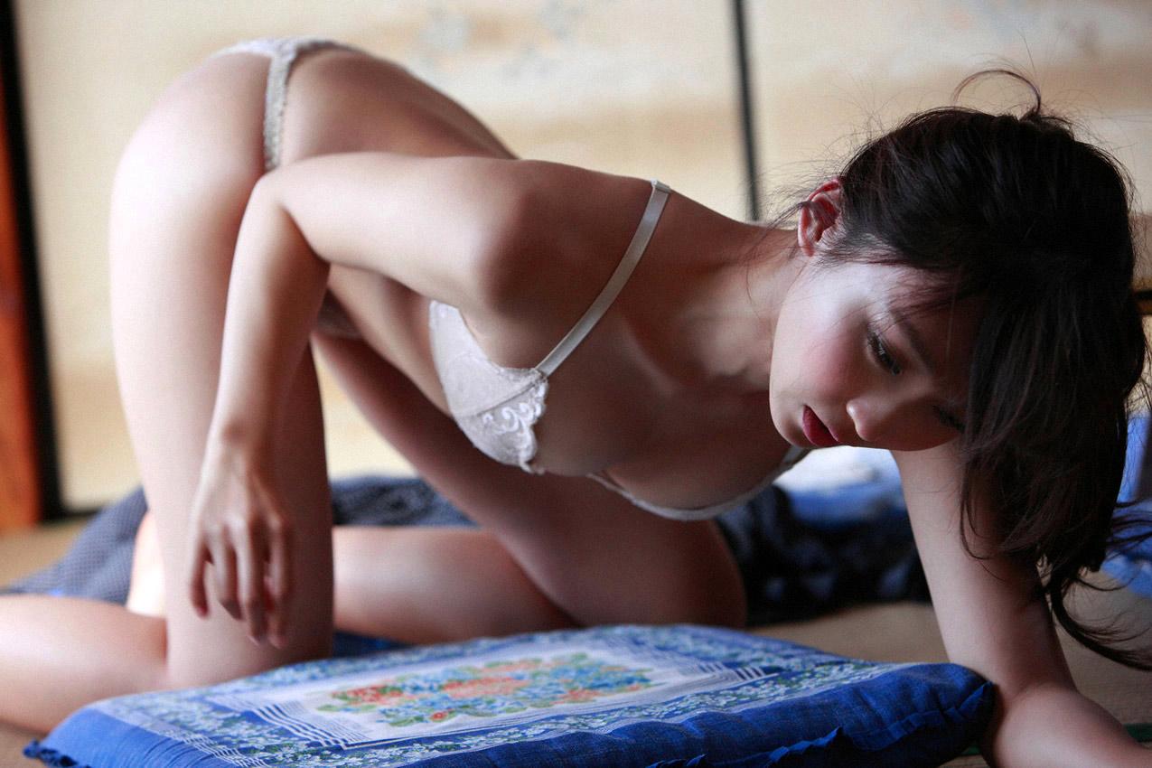 risa yoshiki sexy naked photos 03